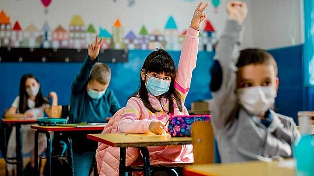 Primer dia d'escola marcat encara per les mesures contra la covid