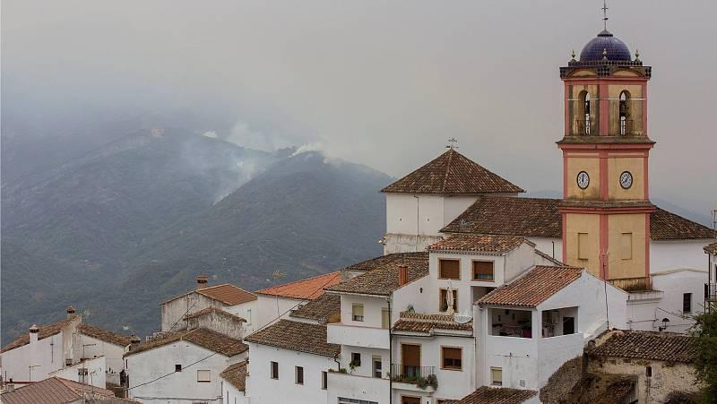 Las mañanas de RNE con Íñigo Alfonso - Sierra Bermeja: los factores que alimentaron el incendio - Escuchar ahora