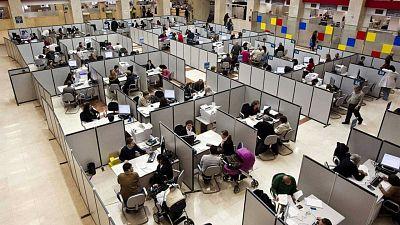 14 horas - Los funcionarios solo podrán teletrabajar un día a la semana, según los sindicatos - Escuchar ahora