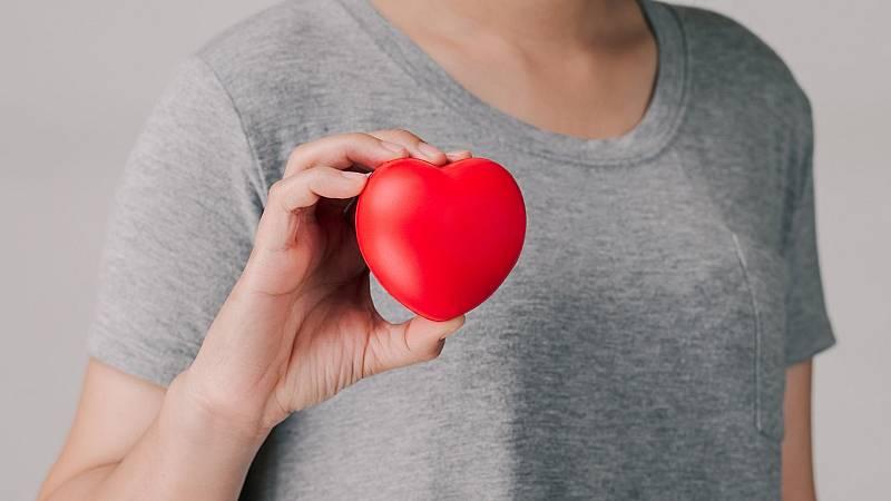 El gallo que no cesa - Médico de guardia: Síndrome del corazón roto - Escuchar ahora