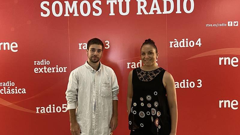 A compás - Canal Baila 2021. Sara Cano y Aranu Pérez - 18/09/21 - Escuchar ahora