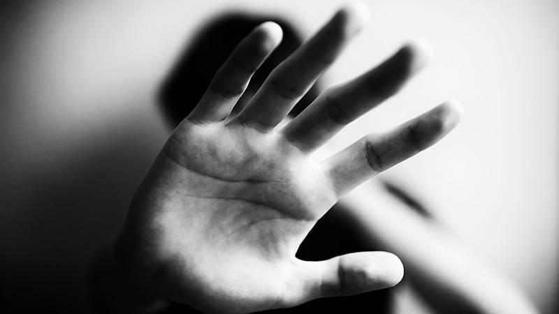 Más cerca - Ley común europea contra la violencia de género - Escuchar ahora