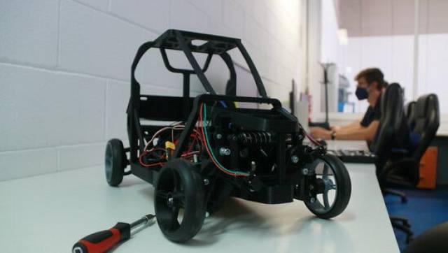 Dues empreses de Tarragona desenvolupen un vehicle propulsat per hidrogen verd | FRANCESC FARRÉ