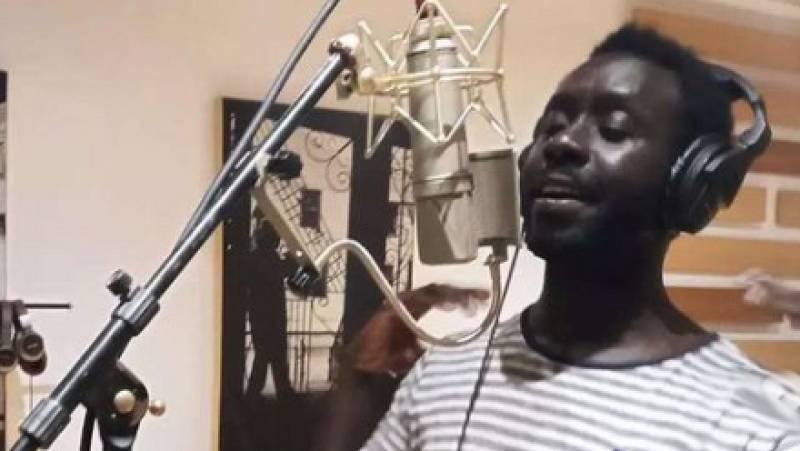 África hoy - Birane: rapero y activista senegalés residente en Sevilla - 23/09/21 - escuchjar ahora