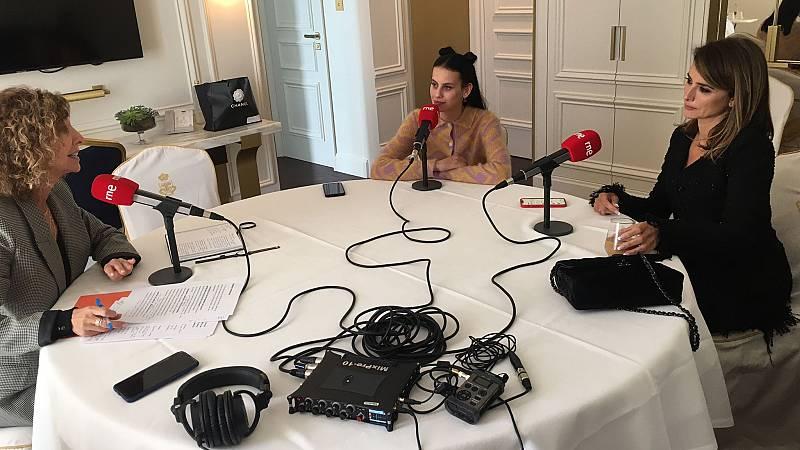 Penélope Cruz y Milena Smit en 'De película' - escuchar ahora