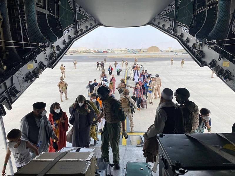 Cinco Continentes -  En Portada de TVE y su cobertura en Afganistán - Escuchar ahora
