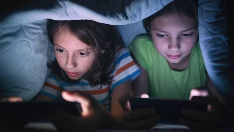 """24 horas - """"La satisfacción cerebral en redes sociales es similar al efecto de una droga"""""""