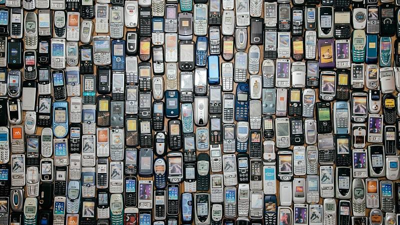 Reportajes RNE - Comprar, consumir, tirar: el círculo pernicioso de la obsolescencia programada - Escuchar ahora