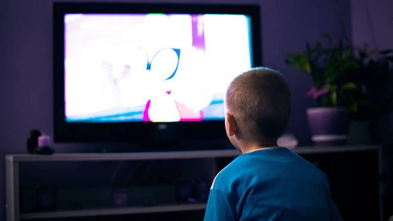 24 horas - 'El juego del calamar': una serie de adultos que ven los niños - Escuchar ahora