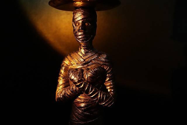 La maledicció de la mòmia del Titànic
