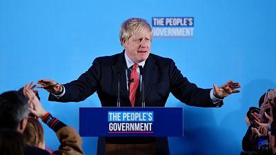 Boletines RNE - Aplastante mayoría absoluta de Boris Johnson - Escuchar ahora