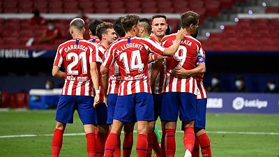 14 horas - El Atlético de Madrid viajará mañana a Lisboa sin Vrsaljko y Correa, positivos por COVID-19 - Escuchar ahora
