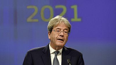 14 horas - Bruselas da el visto bueno a los Presupuestos de España, anima a gastar frente a la COVID, pero alerta del elevado nivel de deuda pública - Escuchar ahora