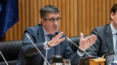 14 horas - La comisión de reconstrucción termina sin acuerdos entre PP y PSOE - Escuchar ahora
