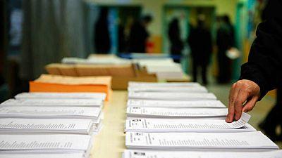 14 horas - Confinados con el voto? - Escuchar ahora