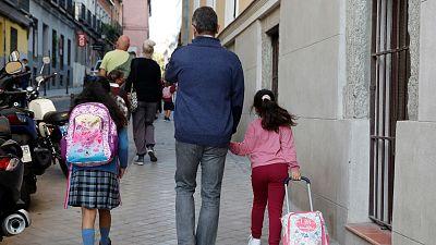 Las mañanas de RNE con Íñigo Alfonso - Los expertos recuerdan que solo el miedo no es justificación para no llevar a los niños al colegio - Escuchar ahora