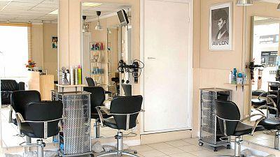 Las mañanas de RNE con Íñigo Alfonso - Las peluquerías dicen que por muchas horas que abran el día tiene 24 horas - Escuchar ahora