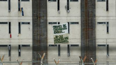 Reportajes 5 Continentes - El coronavirus en las masificadas cárceles de Colombia - Escuchar ahora