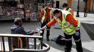 Las mañanas de RNE con Íñigo Alfonso - Las personas sin hogar, las más vulnerables en esta crisis del coronavirus - Escuchar ahora