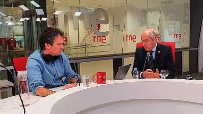 Las mañanas de RNE con Íñigo Alfonso - El Gobierno vasco estudia reincorporar médicos jubilados mientras dure la crisis - Escuchar ahora