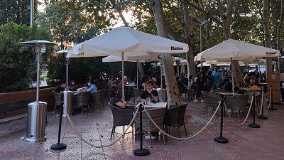 14 horas - Estufas para salvar las terrazas de los bares durante el otoño - Escuchar ahora