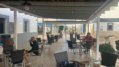 Las mañanas de RNE con Íñigo Alfonso - Formentera estrena la fase 1 con los primeros cafés en las terrazas y las playas abiertas - Escuchar ahora