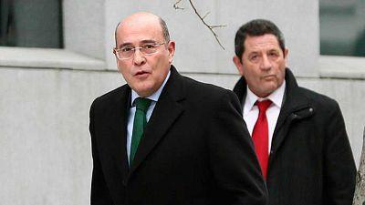 14 horas -  Grande-Marlaska destituye al jefe de la Guardia Civil en Madrid - Escuchar ahora