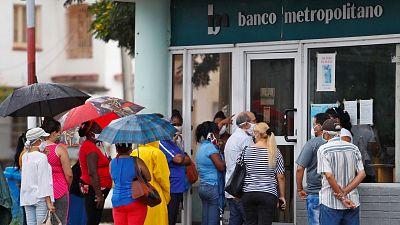 Hora América - Cuba anuncia nuevas reformas para reactivar la economía - 27/07/20 - escuchar ahora