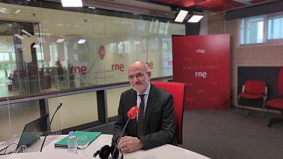 """Las mañanas de RNE con Íñigo Alfonso - Jaume Duch, Parlamento Europeo, sobre el pasaporte de vacunación: """"Hay que decidir quién paga las PCR"""" - Escuchar ahora"""
