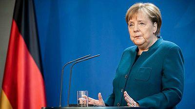 14 horas - Las líneas rojas de Merkel en la UE: eurobonos y mutualización de la deuda - Escuchar ahora
