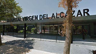 Boletines RNE - Lorca registra un brote en un hospital con 50 personas afectadas - Escuchar ahora