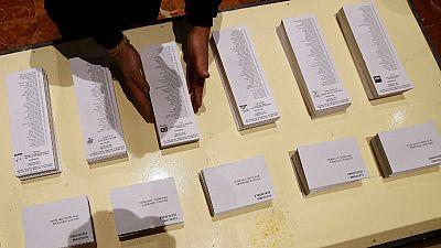 Las mañanas de RNE - Cataluña acude a las urnas en una jornada electoral histórica - Escuchar ahora