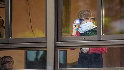 España a las 8 Fin de Semana - Médicos sin fronteras pide garantizar la dignidad de los ancianos en residencias - Escuchar ahora