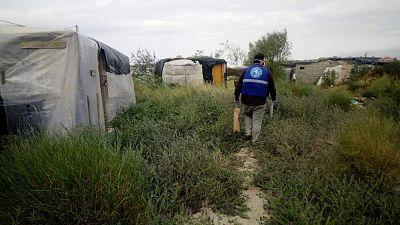 España a las 8 Fin de Semana - Las ongs vigilan los asentamientos de inmigrantes en Almería ante posibles brotes de coronavirus - Escuchar ahora
