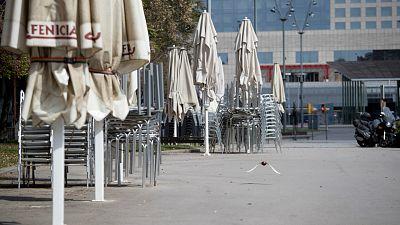 14 horas - La pandemia hunde la economía española: el PIB cae un 18,5 % en su mayor caída trimestral - Escuchar ahora