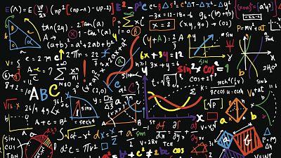 Raíz de 5 - Matemáticas contra la pandemia - 10/08/20 - Escuchar ahora