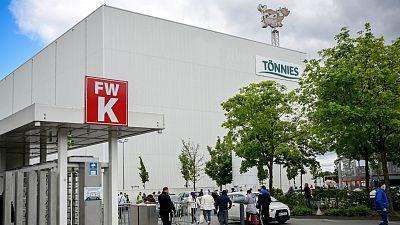 14 horas - El rebrote en Alemania reabre el debate sobre la precariedad en los mataderos  - Escuchar ahora