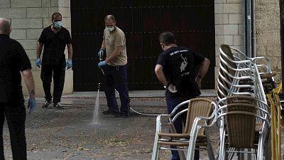 España a las 8 Fin de Semana - Reducción de impuestos o ampliación de terrazas: las medidas de los ayuntamientos para ayudar a los hosteleros - Escuchar ahora