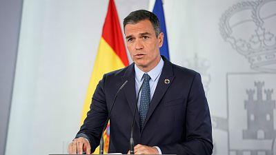 14 horas - Sánchez deja en manos de cada comunidad la solicitud del estado de alarma y ofrece 2.000 militares para rastrear contagios - Escuchar ahora