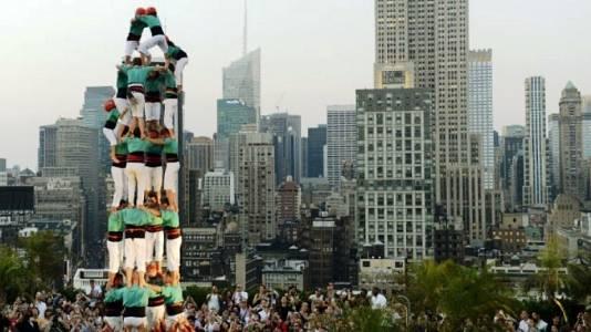 On Off: Els castellers coronan Manhattan