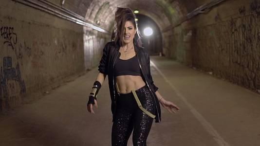 "Videoclip de ""Say yay!"" de Barei"