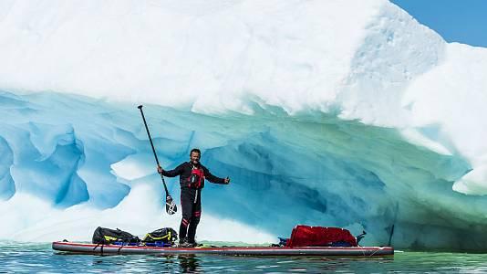 Antonio de la Rosa, el hombre que cruzó el Polo Norte en una tabla de surf