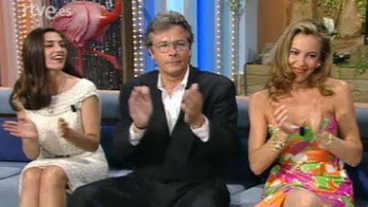 Alain Delon, Ángela Molina, Maribel Verdú y Paco Clavel