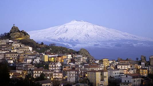 Sicilia, el fuego del Mediterráneo
