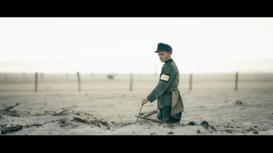 Bajo la arena (presentación)