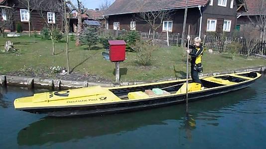 Cuando el correo llega a tu buzon en canoa