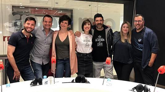 """Tony Aguilar y Julia Varela visitan """"aMikis y conocidas"""""""