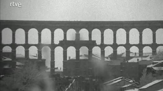 Una ciudad, un balcón: la Segovia de Azorín