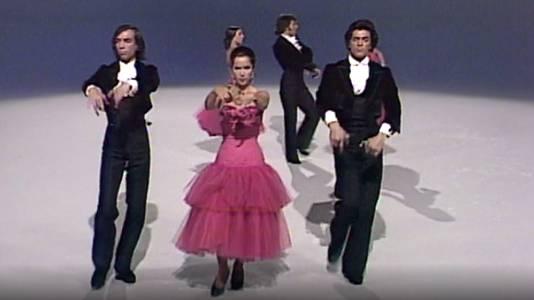 María Rosa y su compañía de baile español (II)