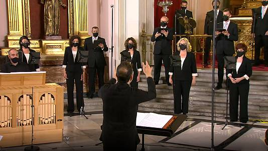 "Coro RTVE dirigido por Carlos Mena: ""Tempus fugit"""